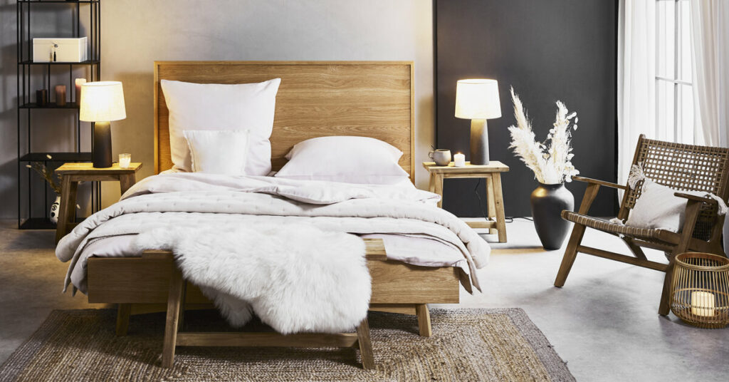 rustikalna spalna, rustikalna postel